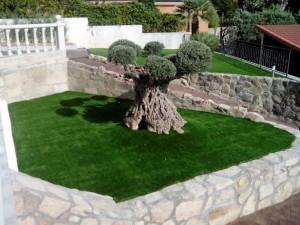 cesped-artificial-jardin-chalet