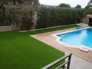cesped-artificial-jardin-chalet-5