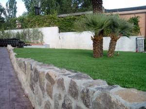 cesped-artificial-jardin-chalet-9