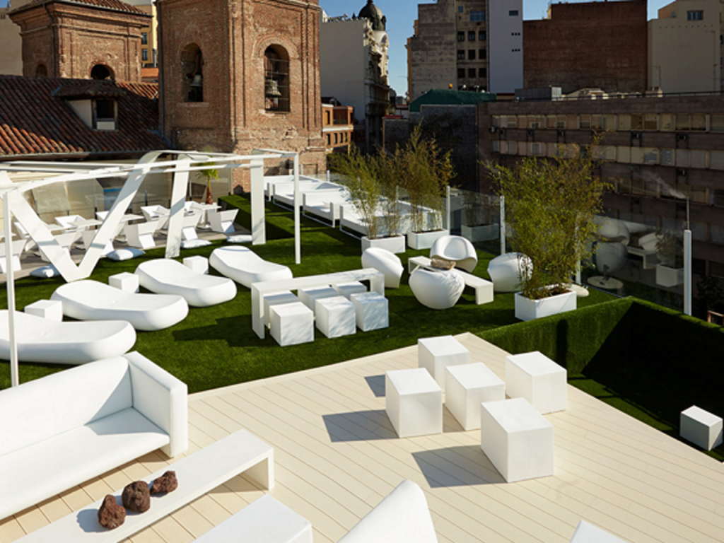 instalacin csped artificial chill out terraza gymage madrid - Terrazas Chill Out