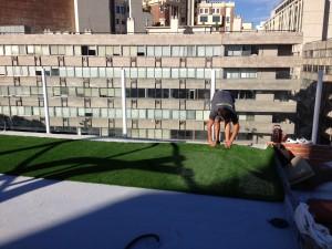 cesped-artificial-terraza-gymage-3