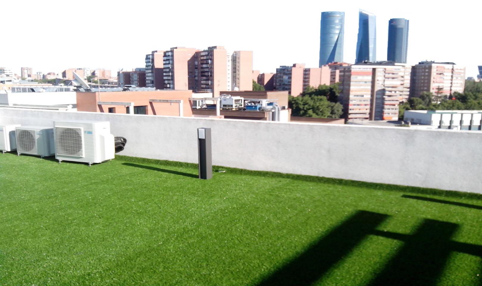 C sped artificial para terrazas y ticos cu l elijo - Cesped artificial atico ...