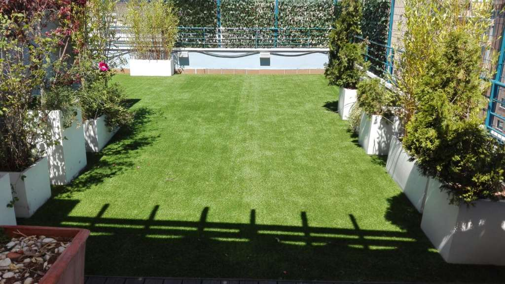 Cesped artificial terraza awesome with cesped artificial - Cesped artificial terrazas ...